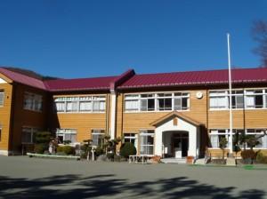 山村における木造校舎での教育